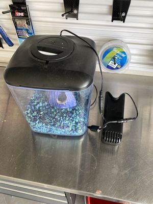 Fish tank 1 gallon for Sale in Carlsbad, CA