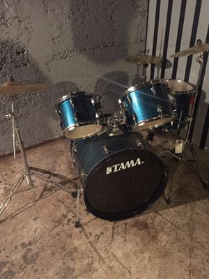 Tama 5 peice drum set with AA Meinl symbols for Sale in Portland, OR
