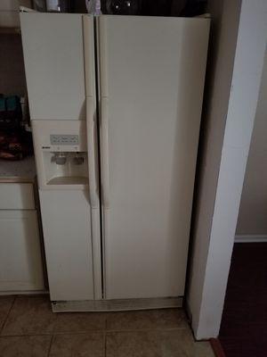 White double door fridge for Sale in Smyrna, GA