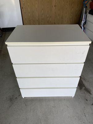 White Dressor FREE for Sale in Clarksburg, CA
