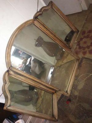 Antique mirror for Sale in Cumming, GA