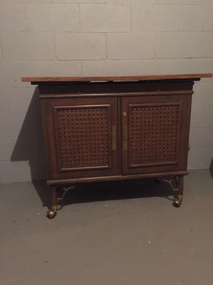 Portable Bar mid-century modern for Sale in Longmeadow, MA