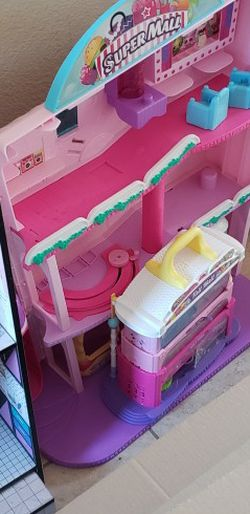 Shopkins Super Mall & Tall Mall Playset Toy Doll House for Sale in Manteca,  CA
