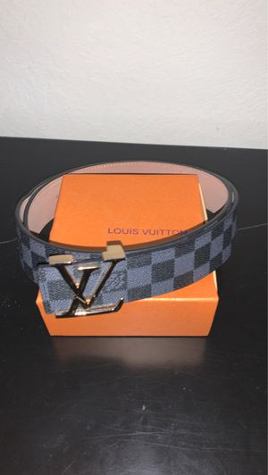 Louis Vuitton belt gold buckle for Sale in Miami, FL