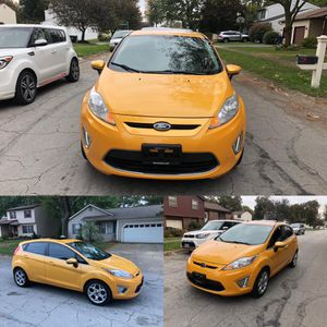 Ford Fiesta Titanium 2013 ☝ rebuilt title such cute car miles 73000 , has push bottom , leather seat , heated seat , for Sale in Columbus, OH