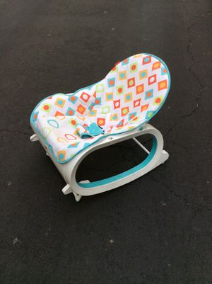 Baby rocking chair with toys for Sale in Rolling Hills, CA