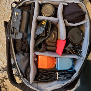Camera, Gear, lens, flash - SELLING ALL TOGETHER for Sale in Cranford, NJ