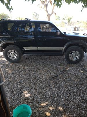 Toyota 4 runner for Sale in Phelan, CA