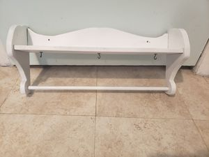 Small shelf for Sale in Klamath Falls, OR