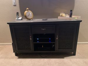 Rustic grey tv stand for Sale in Tracy, CA