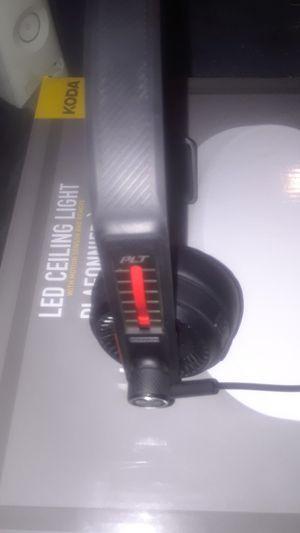 Plantronics wireless bluetooth headset for Sale in Bakersfield, CA