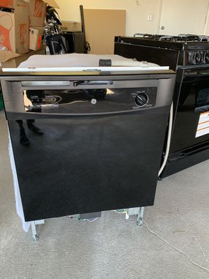 General Electric Appliances (stove, dishwasher, microwave) for Sale in Adelaide, CA