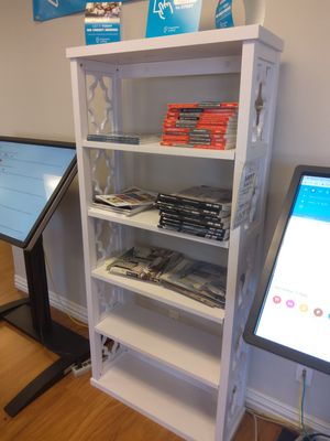 White book case for Sale in Carrollton, TX