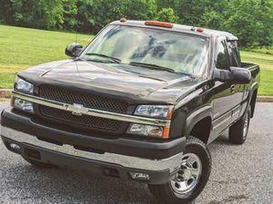 1200$.Sell 2004 Chevrolet Silverado 2500LT New tires ! for Sale in Miami, FL