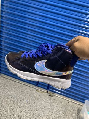 Nike shoes women's for Sale in Huntington Beach, CA