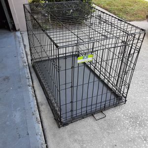 Large Dog Cage/ Crate 36 Deep 24 Tall 22 Wide for Sale in Ocoee, FL