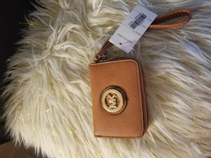 MK light brown small wallet for Sale in Norcross, GA