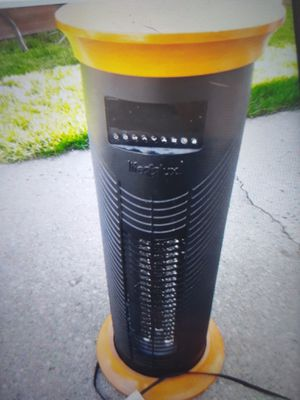 Tower heater for Sale in Alsip, IL