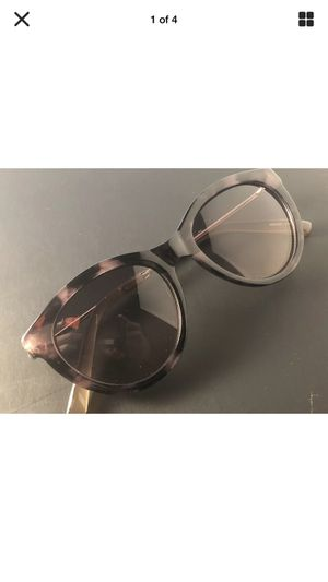 4 pairs of womens designer sunglasses for Sale in Barre, MA