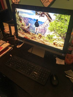ASUS touchscreen All-in-One PC for Sale in King, NC