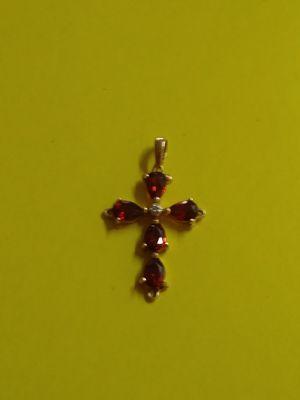 14k Gold Garnet Cross for Sale in Eastman, GA