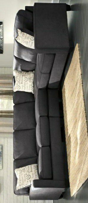 New /Alenya Charcoal RAF Sectional for Sale in Laurel, MD