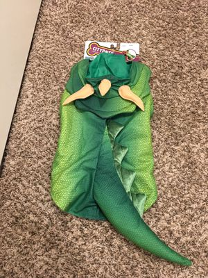 Dinosaur dog costume for Sale in Boring, OR