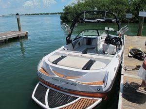 Ski Boat 2004 Ski Nautique Super Air 210 for Sale in Miami, FL