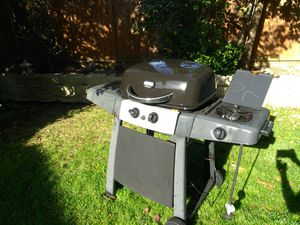 DURAFLAME BBQ GRILL for Sale in Vacaville, CA
