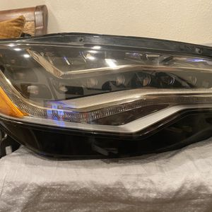 Audi A6 Headlights C7 2014 OEM for Sale in La Puente, CA
