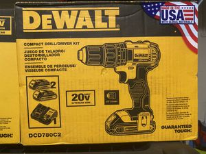New DeWALT 20v compact drill/ driver kit for Sale in Kissimmee, FL