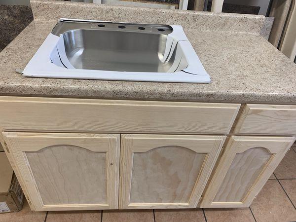 Kitchen cabinet 4 ft