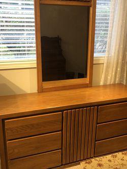 Exquisite Golden Oak 9 Drawer Dresser With SOLID OAK Framed Mirror for Sale in Kirkland,  WA