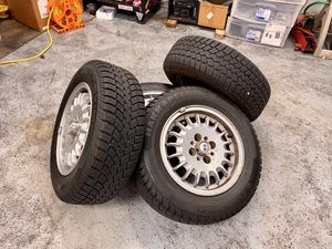 BMW e30 wheels and tires for Sale in Lakewood, WA