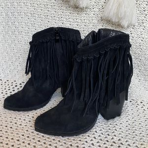 Leather fringe boots for Sale in Damascus, OR