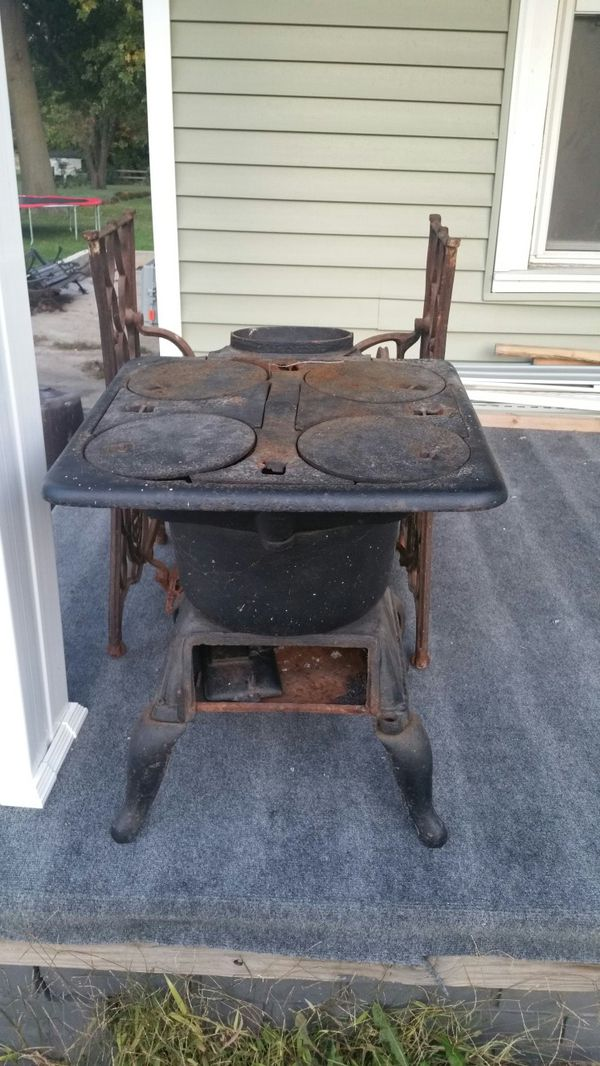 Pot Belly Cook Stove