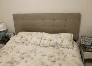 King headboard for Sale in High Point, NC