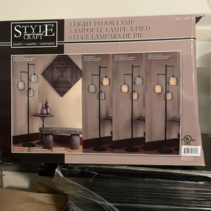 Style Craft Floor Lamp for Sale in Houston, TX