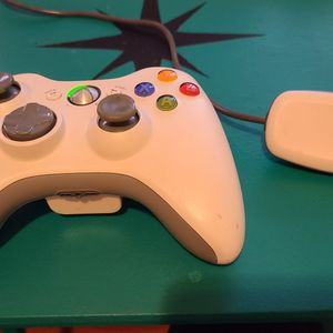Xbox 360 Wireless Video Game Controller With USB Windows Adapter for Sale in Sylmar, CA