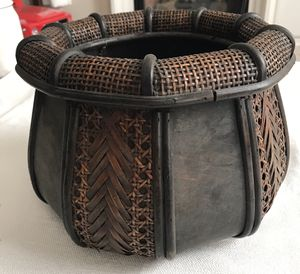 Woven flower pot for Sale in Rancho Cucamonga, CA