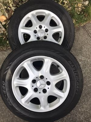 4 Mercedes Benz tires and rims for Sale in Renton, WA