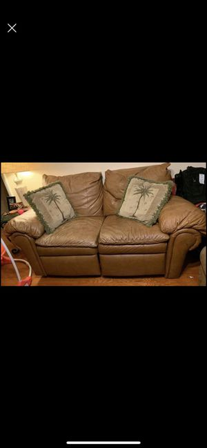 Brown leather recliner for Sale in Winter Park, FL