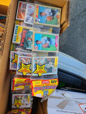 76 packs of unopened baseball cards $35 per pack for Sale in Ontario, CA
