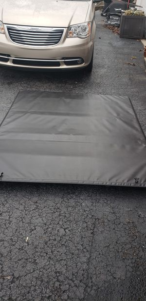 truck tonneau cover for ford f150 6.5 ft bed for Sale in Portland, TN