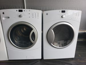 Ge front load washer and dryer set for Sale in Plant City, FL