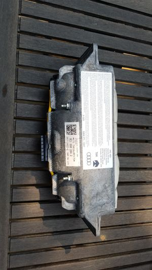 05-08 Audi A4 front passenger part 8E1880204 for Sale in Portland, OR
