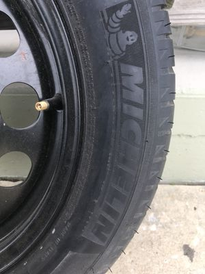 New tire never used michelin 205/55R16 $40.00 o.b.o for Sale in Avon Park, FL