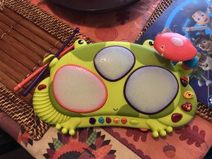 B Toys Kids play drum set! for Sale in Austin, TX