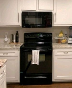 Kenmore Oven and Microwave for Sale in Nashville, TN
