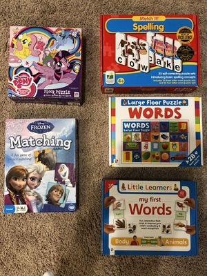 Sight words game, puzzles, Frozen memory match game for Sale in Tomball, TX